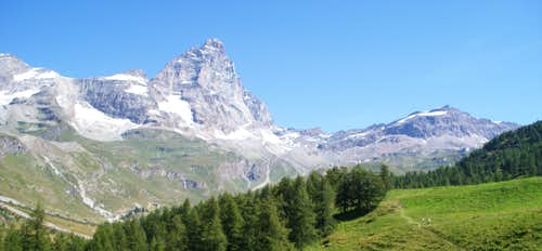South Face, Matterhorn from Lago Bleu
