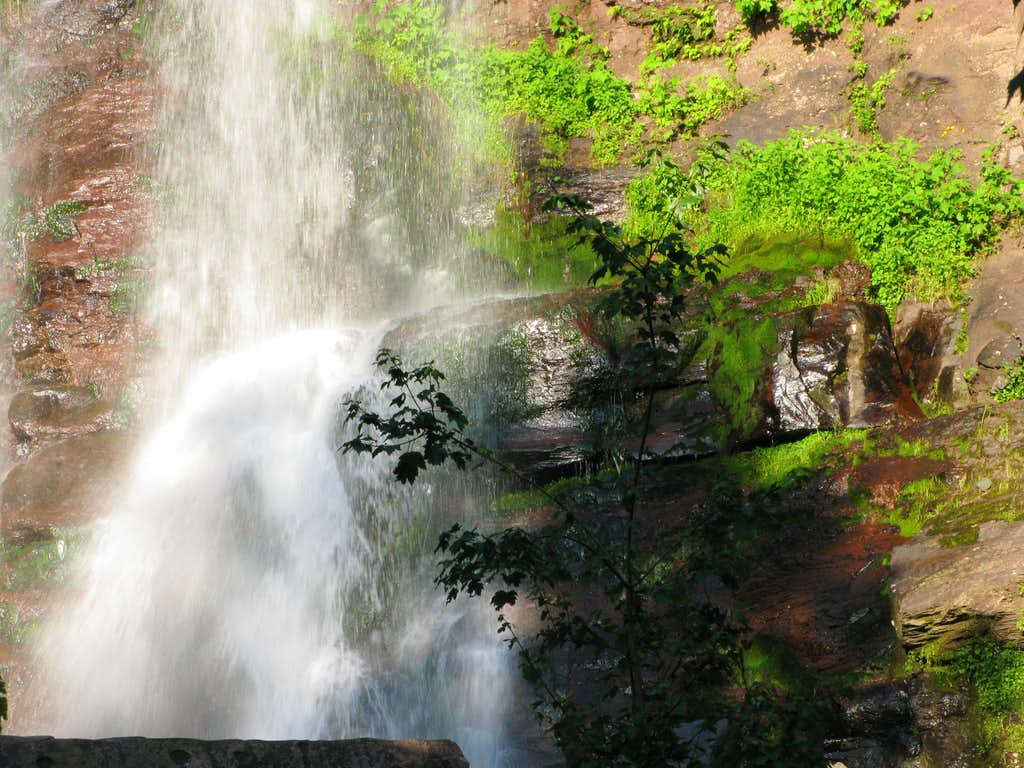 beauty of Kaaterskill Falls