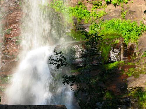 beauty of Kaaterskill Falls