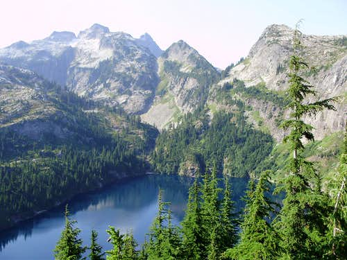 Thornton Lakes, Mount Triumph and Trappers Peak