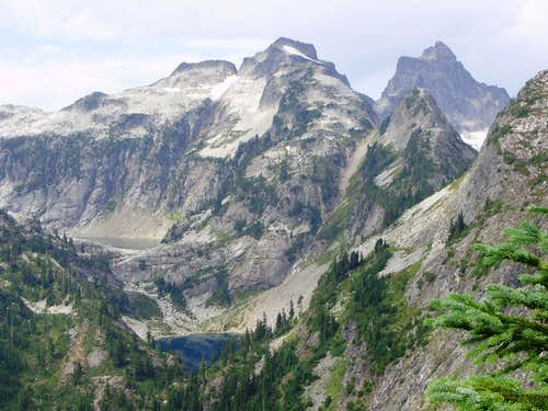 View from the trail to Trappers Peak