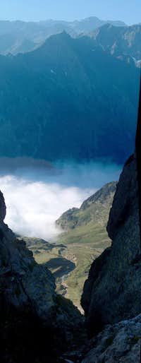 The cloudy Vallon de La Pez while ascending Pic d Estos