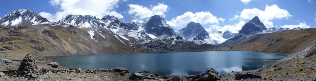 Lake view near Condoriri Peak