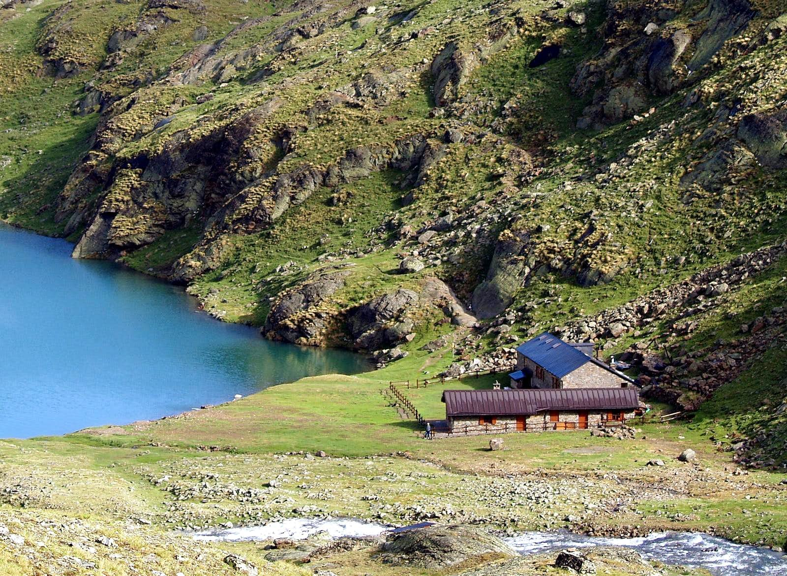 <font color=ff7000>⌂</font>Alpine REFUGES in the Aosta Valley &quot;Central Valley&quot;