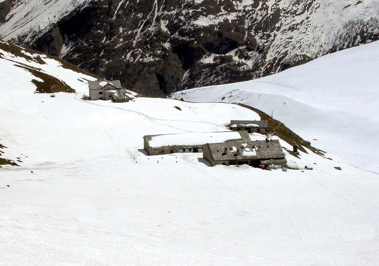Alpine REFUGES in the Aosta Valley <b>(Cogne Valley)</b>