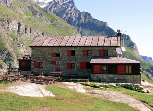 Alpine REFUGES in the Aosta Valley  (Rhêmes Valley)