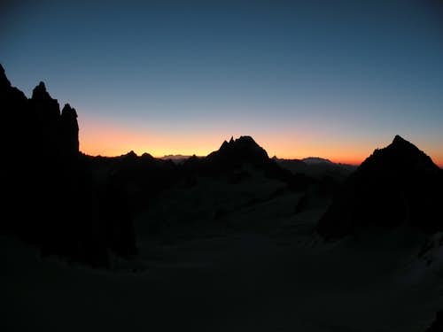 Sunrise on Arete Kuffner