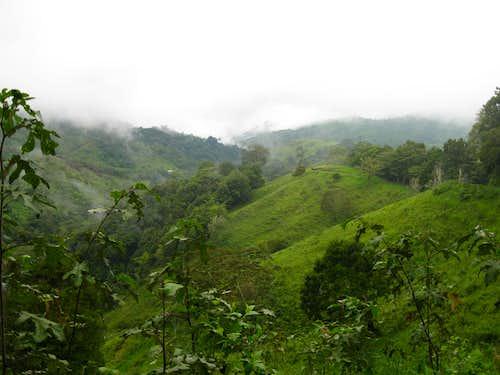 Road to Mt Totumas