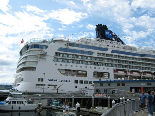 """Norwegian Star""-docked in Seattle, September 5, 2009"