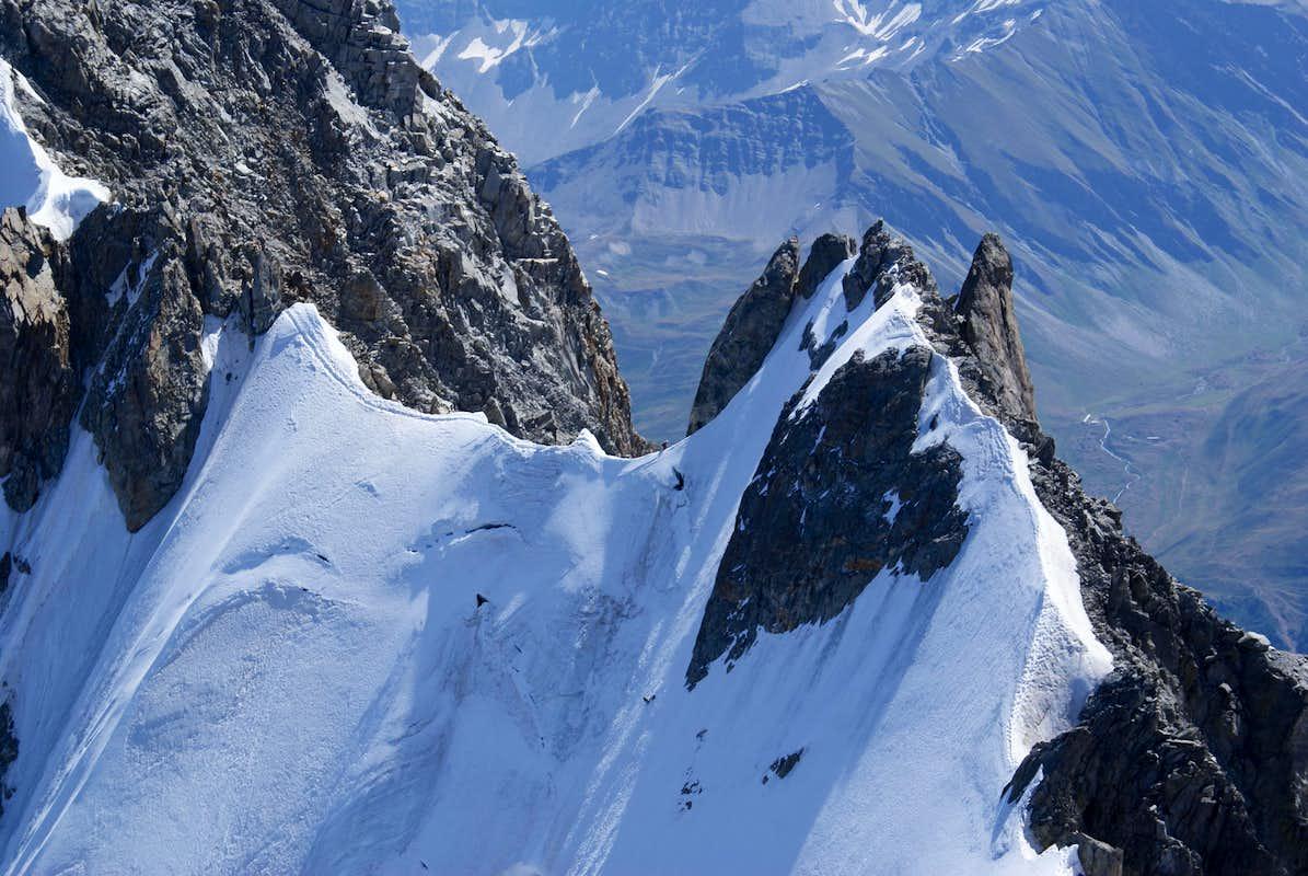 Arete du Rochefort : Photos, Diagrams & Topos : SummitPost