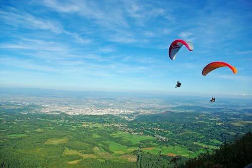 Flying around Puy de Dôme