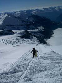 Ascending the eastern ridge...