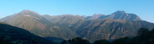 The Arbizon range, as seen while driving to Col d'Azet
