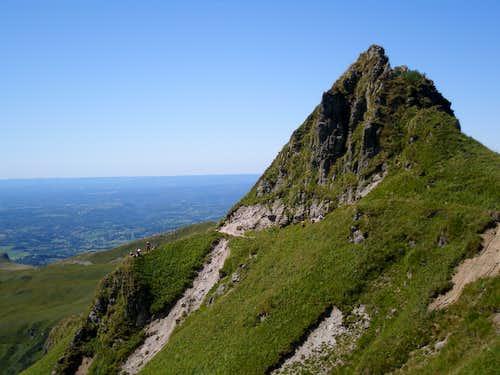 The path towards Puy Redon from Pas de l'âne