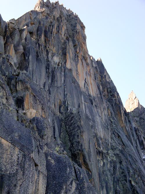 Aiguille de l'M North Face: Climbers on the Ménégaux route (2/2)