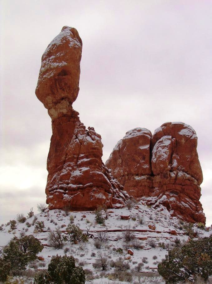 Balanced Rock Arches NP in Nov 2004