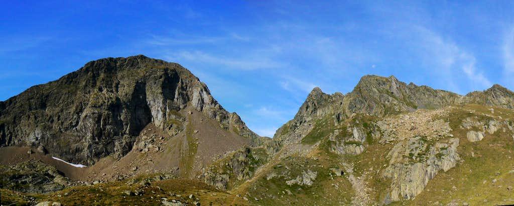 Climbing to Pic de la Sauvegarde