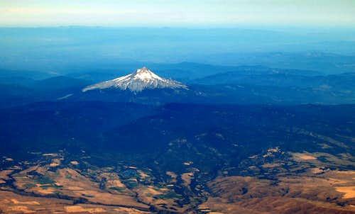 Mt Hood from 36,000 ft