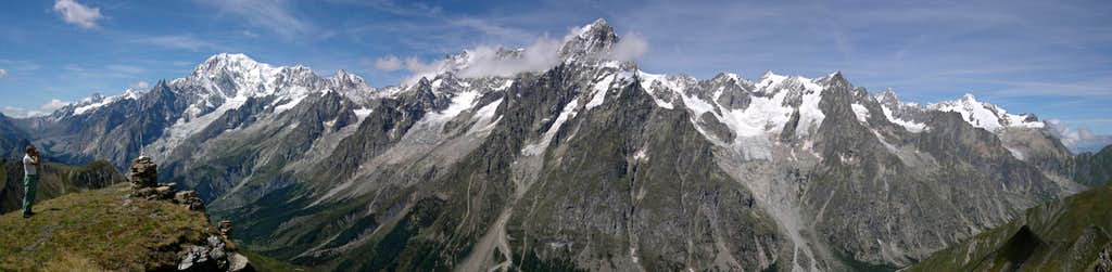 Italian side of the Mont Blanc group from Tête d'entre deux Sauts