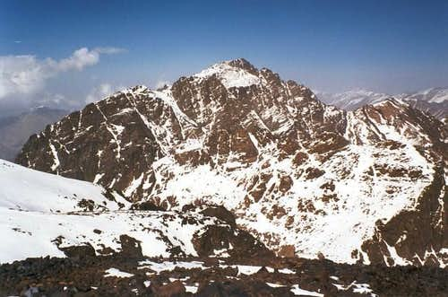 Jbel Toubkal from Timesguida n\'Ouanoukrim