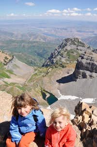 My 4 and 6 year girls on Timpanogos 14.5 miles 10.5 hour perfect dayhike_Sept 09