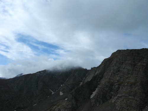 Scary Clouds over Mount Adams\' south ridge