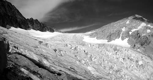Late Summer on the North Klawatti Glacier