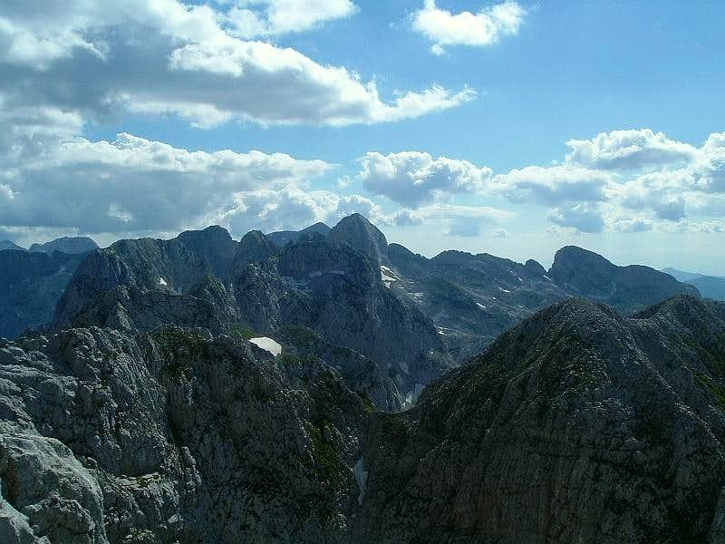 Summit view from Veliki Karanfil towards Albania