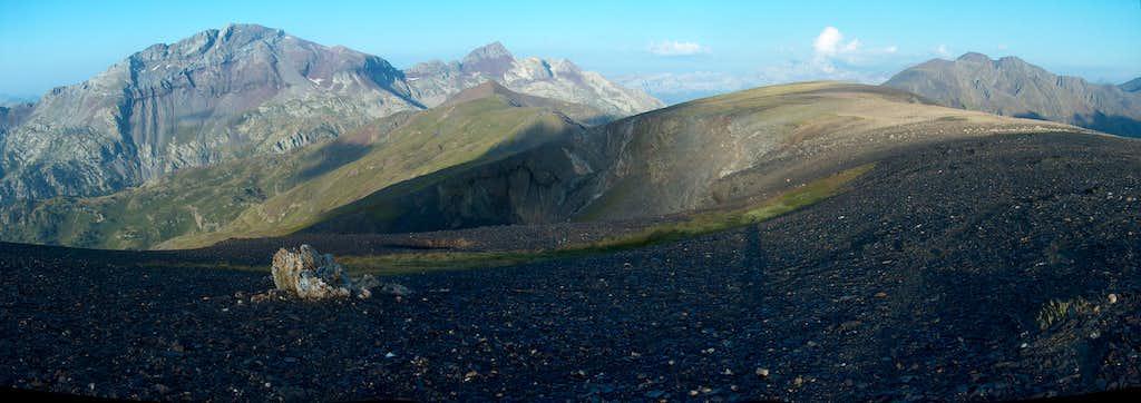 Somewhere on the Peña Blanca ridge, looking to the Suelsa, Fulsa, and Rioumajou peaks