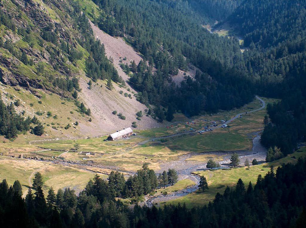 Into the Rioumajou valley