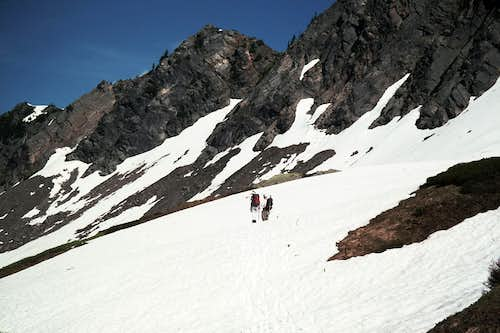 The basin below the summit ridge