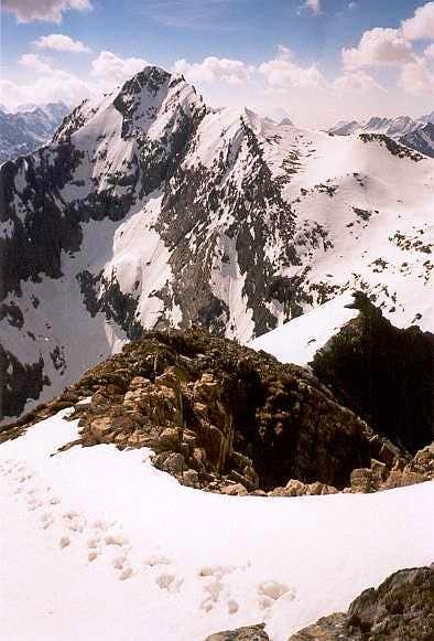 Estos from the Sarrouyès summit