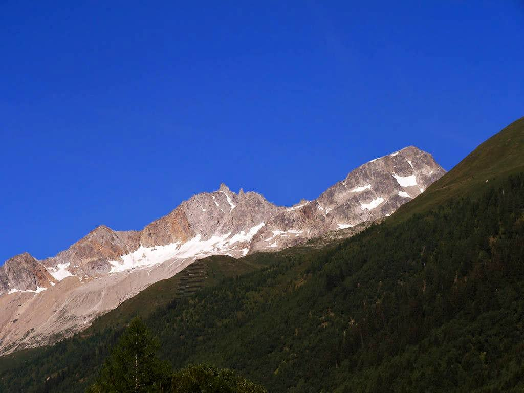 the Skyline of Val Bedretto