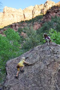 Bouldering on left Fork trail_Zion