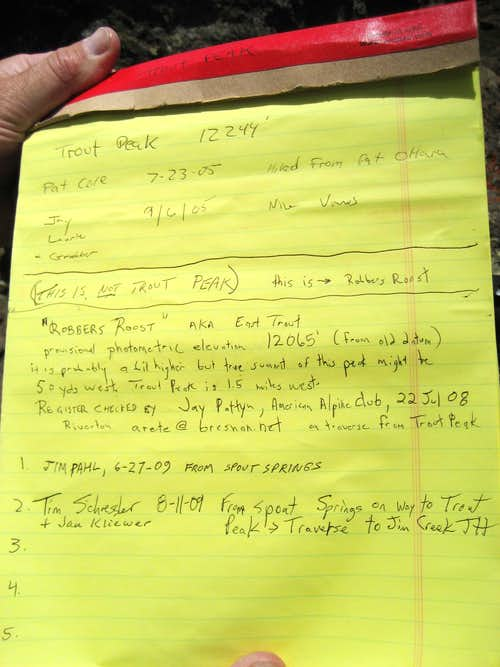 Robbers Roost summit register