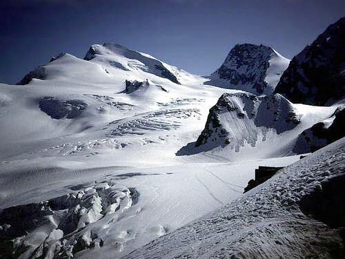 Strahlhorn from Britannia Hut...