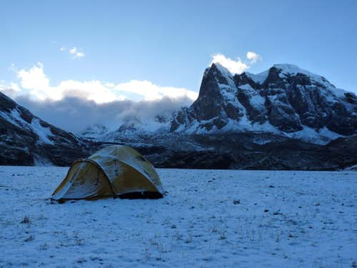 Camping on Huayhuash trek