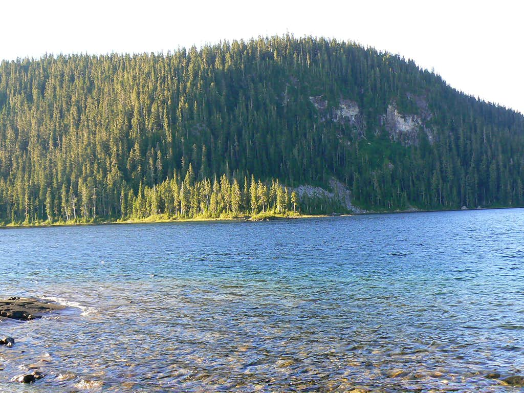 Mt Elma from Lake Helen McKenzie