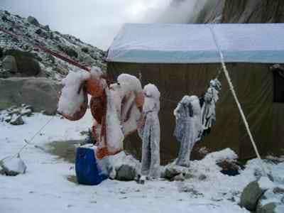 Trango mess tent in snow