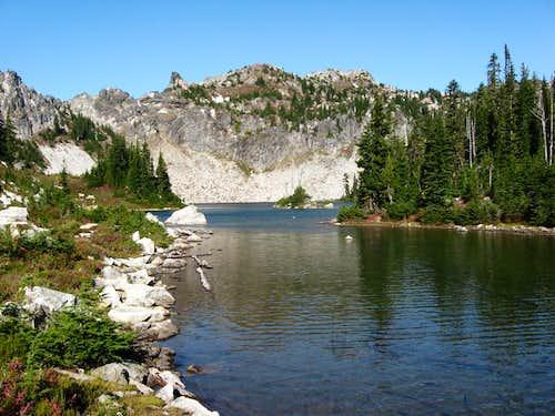 Minotaur Lake and Labyrinth Mtn