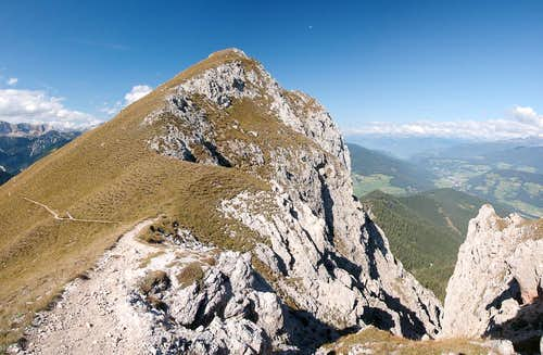Sarlkofel west summit