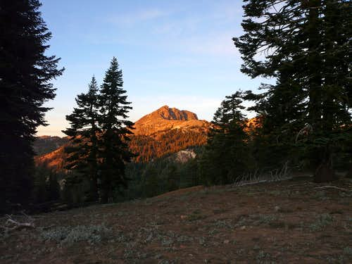 Sunrise on Brokeoff Mountain