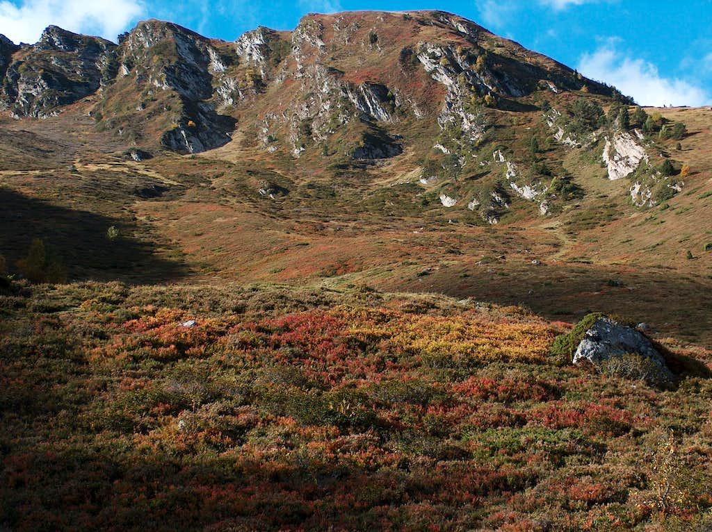 Hiking to Cap de Laubère in autumn