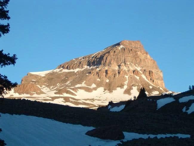 Peak just after sunrise. June...