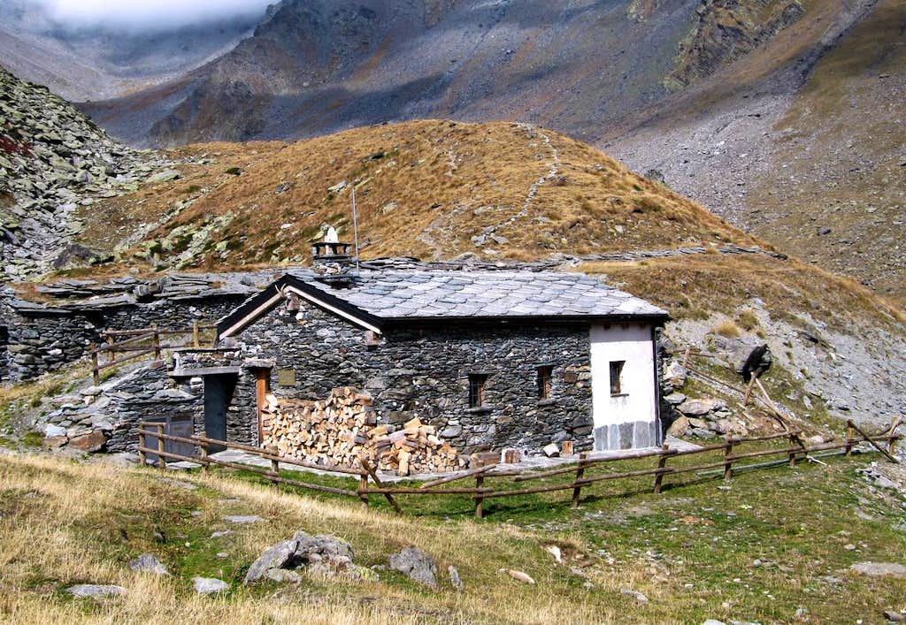 Alpine BIVOUACS in the Aosta Valley