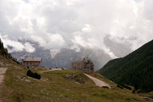 Dürrenstein Hut and WW I Fort