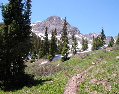An unnamed peak/cliff...