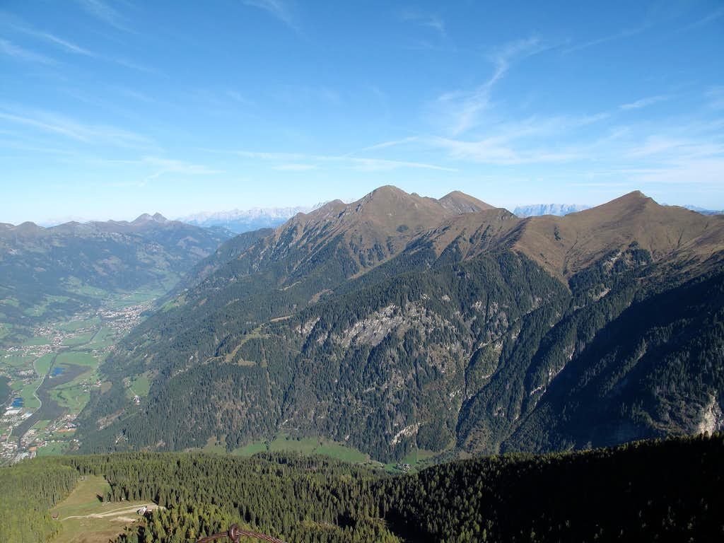 View from the Hüttenkogel down to the Gastein valley