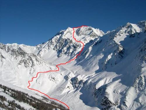 The ski mountaneering route...