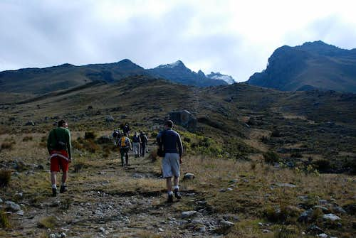 The approach to Nevado Churup